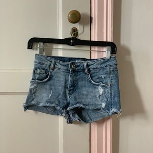Blue jean shorts ! Good condition
